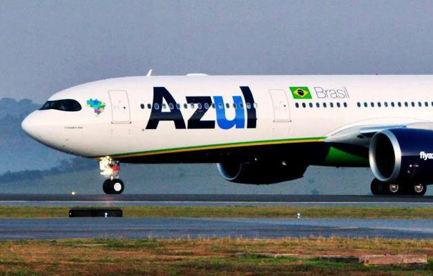 Avião parte do Brasil para buscar 2 milhões de doses da vacina de Oxford