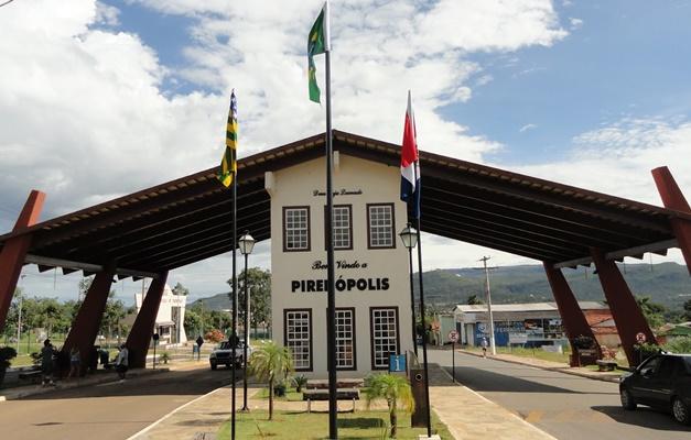 Decreto prevê multa de R$ 100 para quem sair sem máscara em Pirenópolis